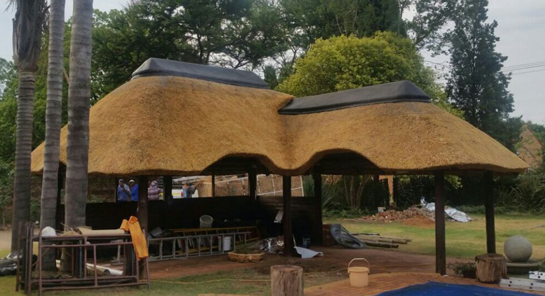new lapa build pretoria - Thatch Roof Designs