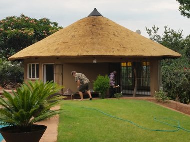 New Thatched Roof Pretoria Nuwe Grasdakke Rondavel